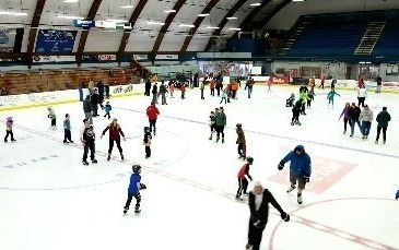 Everett Arena Ice Skating